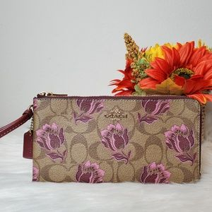 COACH DOUBLE ZIP WALLET WITH DESERT TULIP PRINT